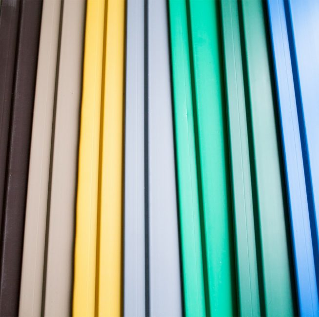 Plastik panellerin renk paleti