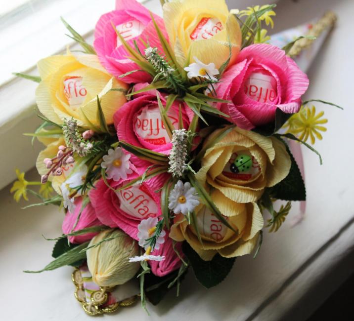 Kokulu çiçek aranjmanı