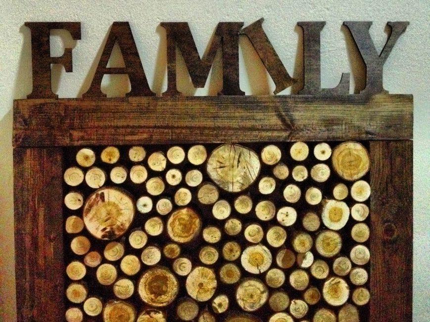 Bingkai foto yang diperbuat daripada kulit pokok