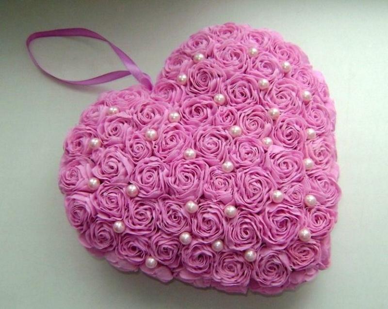 Sevdiğine kalp ver