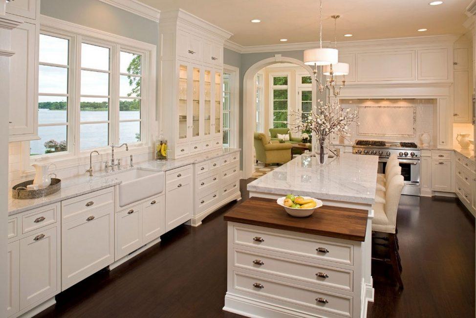 Perabot terbina dalam sesuai dengan sempurna ke dapur-dapur sedemikian