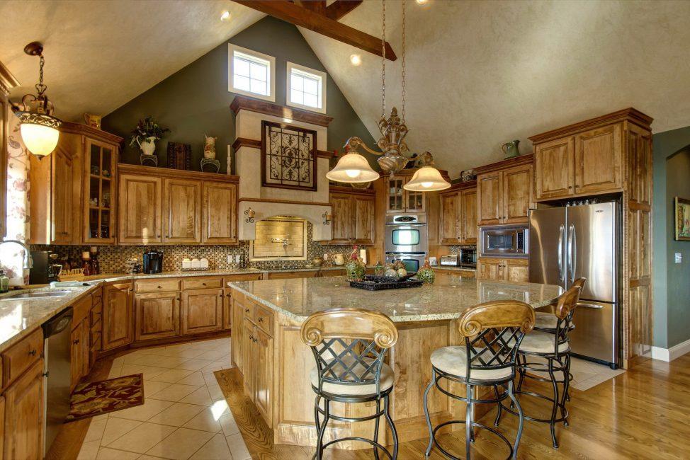 Hanya satu set yang sangat indah di dapur