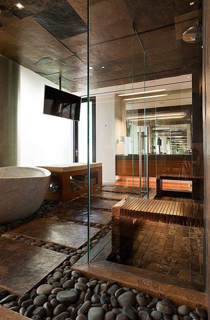 Pembinaan kaca dengan mandi
