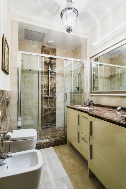 Malah bilik mandi kecil boleh menjadi cantik dan selesa.