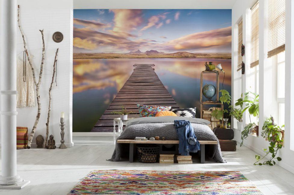 Kadang kala lukisan-lukisan ini dapat mengubah ruang dalaman mana-mana ruang.
