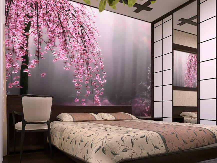 Bunga di dinding di bilik tidur kelihatan sangat bagus
