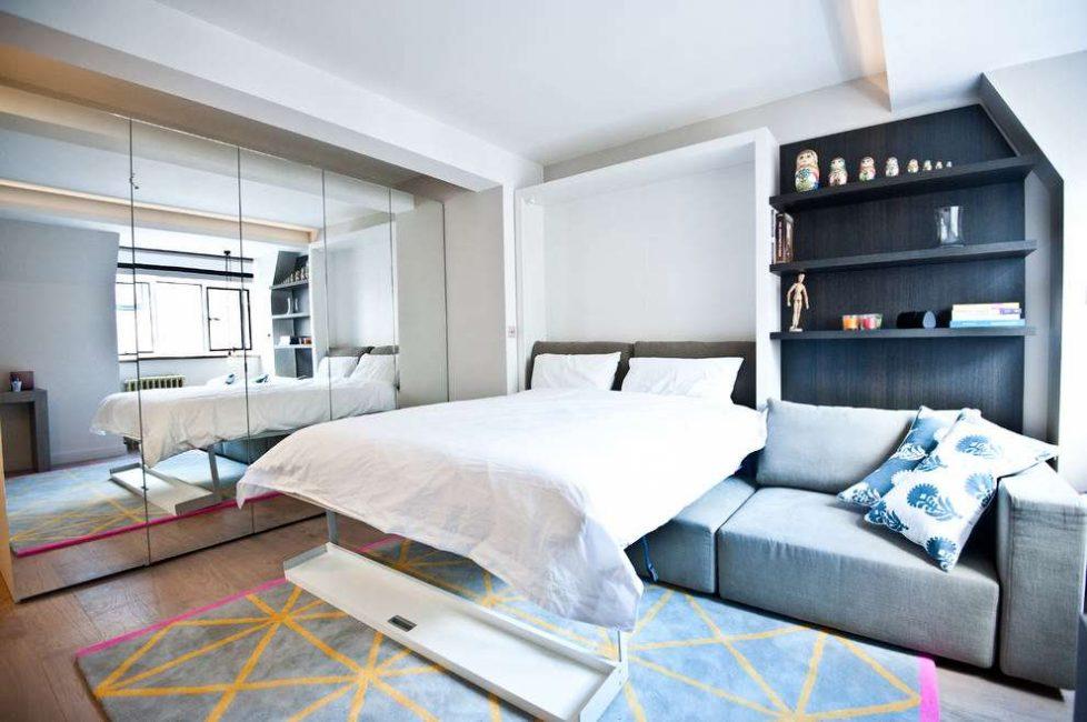 Pilihan yang hebat apabila terdapat transformator perabot seperti itu, yang mudah disembunyikan