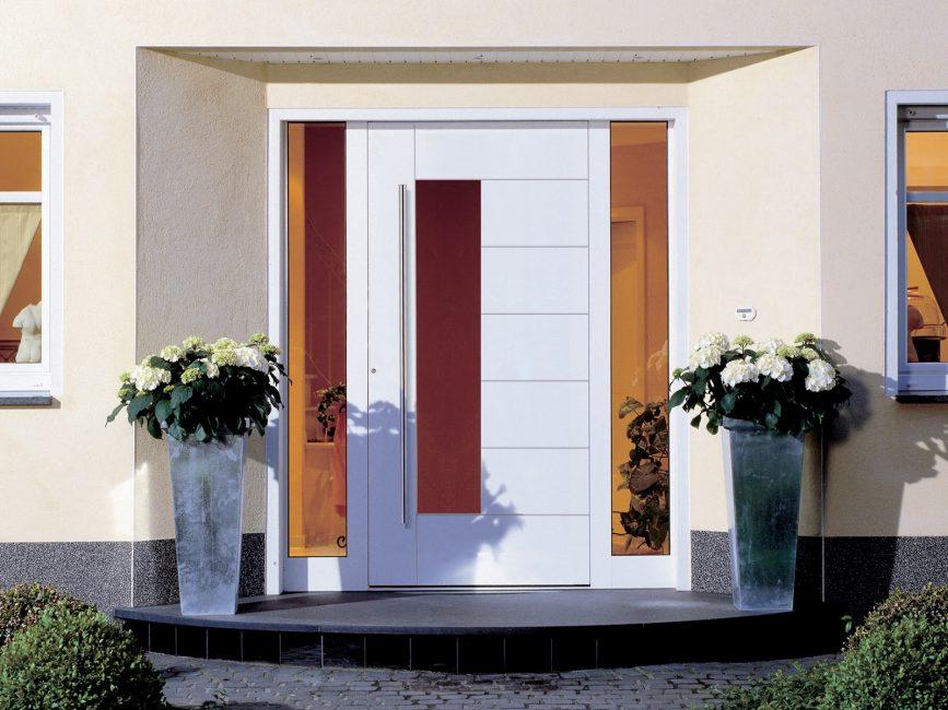 Malzemenin çeşitli renkleri, herhangi bir tasarım stili için bitişi seçmenize olanak sağlar