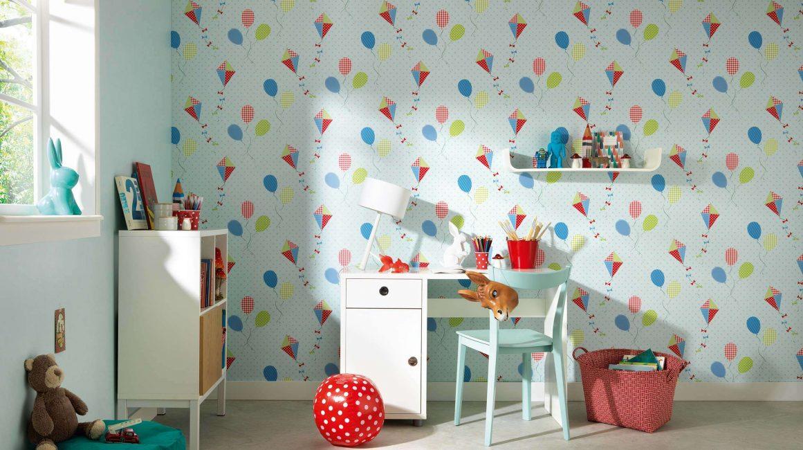 Kertas dinding kertas sering menjalani percubaan bayi.