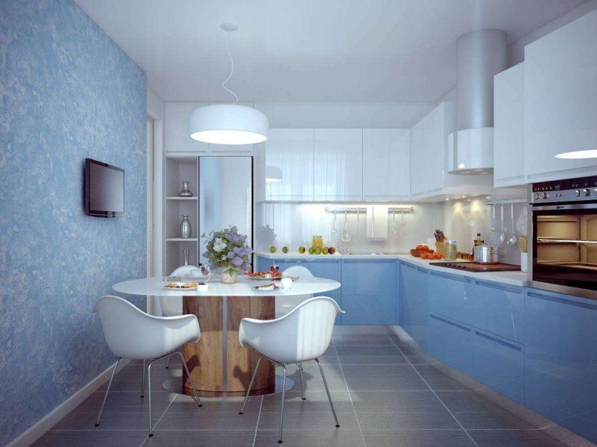 Yumuşak mavi renklerde mutfak