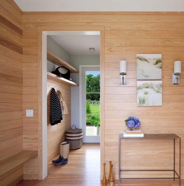 Panel rak untuk lorong kecil