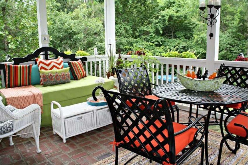 Her zamanki verandada parlak vurgular