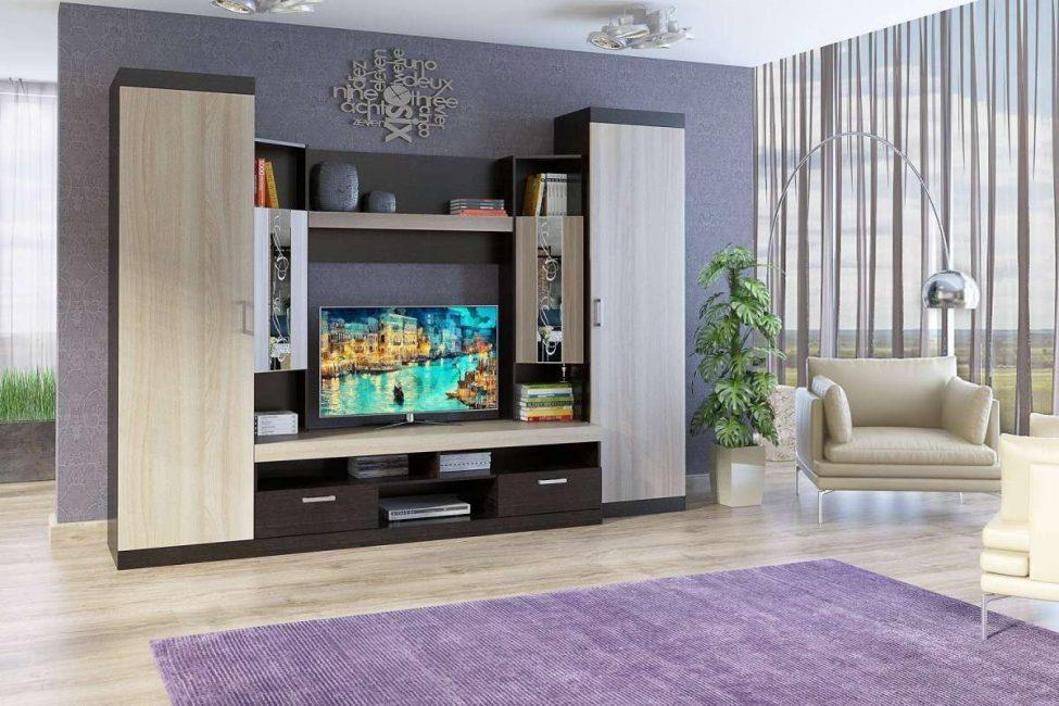 Genellikle insanlar, sağlanan alana sığacak şekilde ısmarlama mobilyalar satın alırlar.