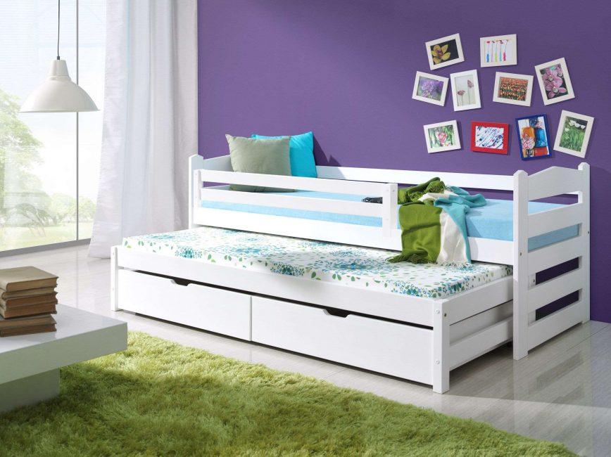 3 yaşından büyük çocuklar için yanlarda çok konforlu sürgülü yatak