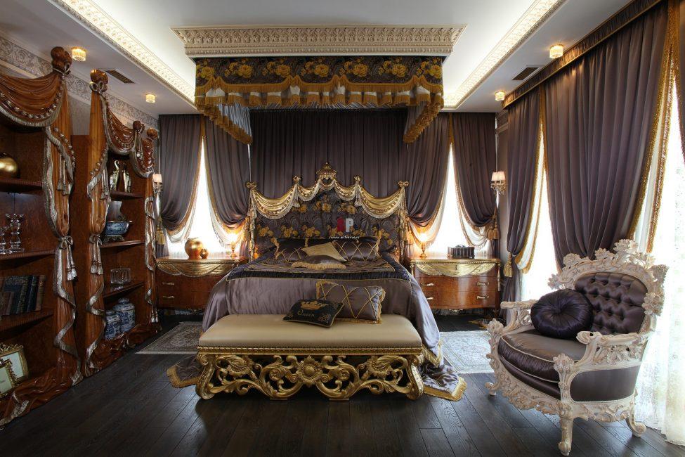 Lüks Barok Yatak Odası