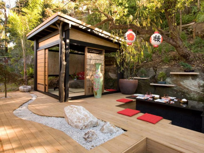 Tambahan yang baik ke taman Jepun adalah rumah teh.