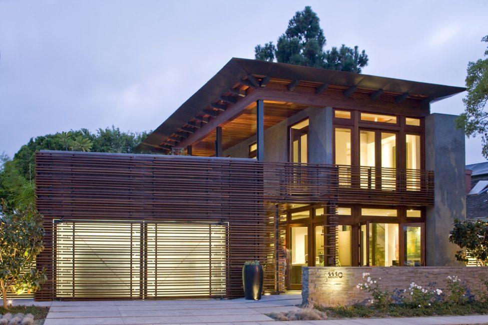 Kemasan luar garasi mestilah selaras dengan hiasan fasad rumah