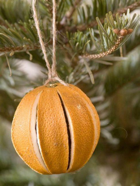 Noel ağacı kokulu oyuncaklar