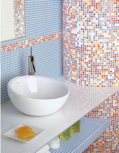 Mosaic untuk bilik mandi