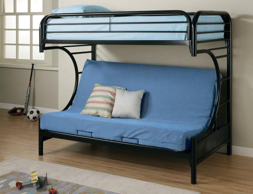 Tempat tidur yang selesa dan kawasan tetamu