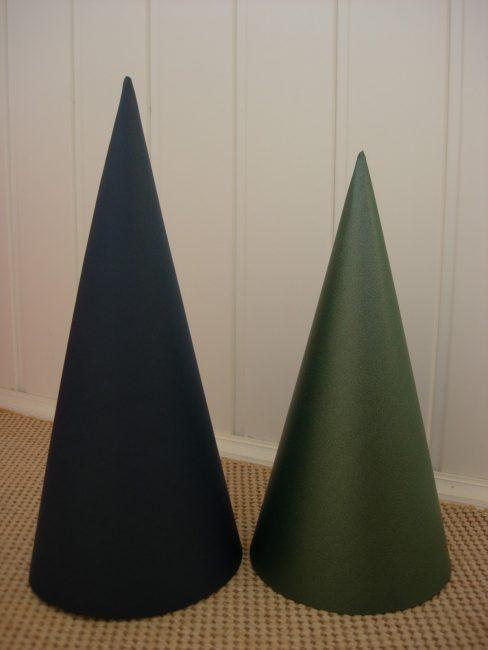 Yeşil kağıt el sanatları için koni
