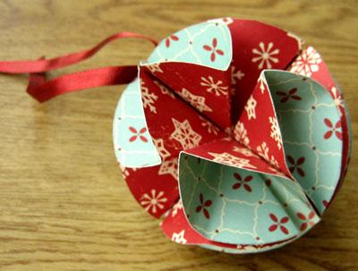 Noel ağacı güzel ve basit top