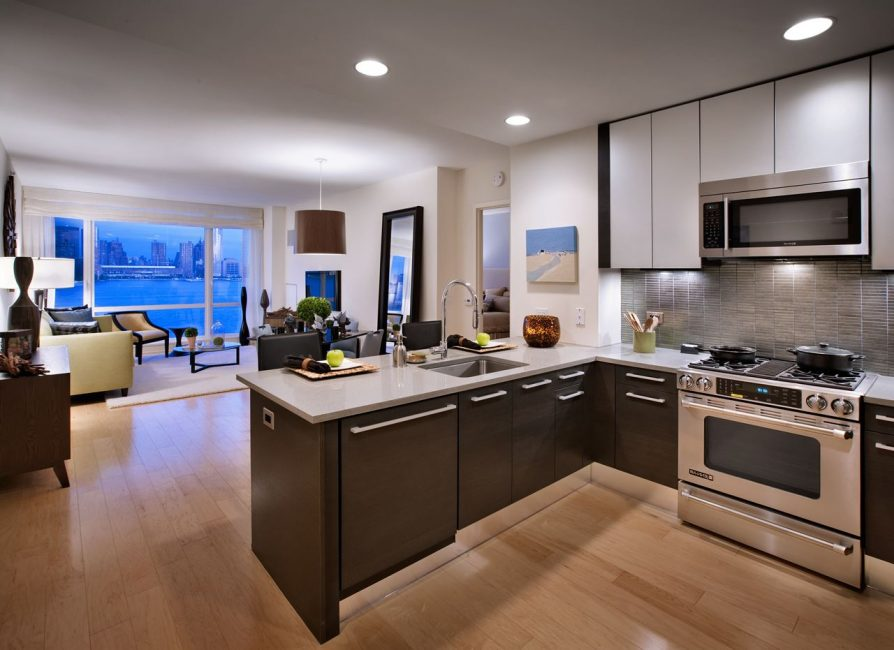 Highlight areas: kitchen and residential