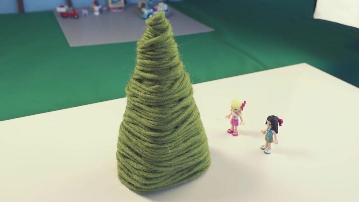 Bu Noel ağacı anaokulunda bir çocuk yapabilir