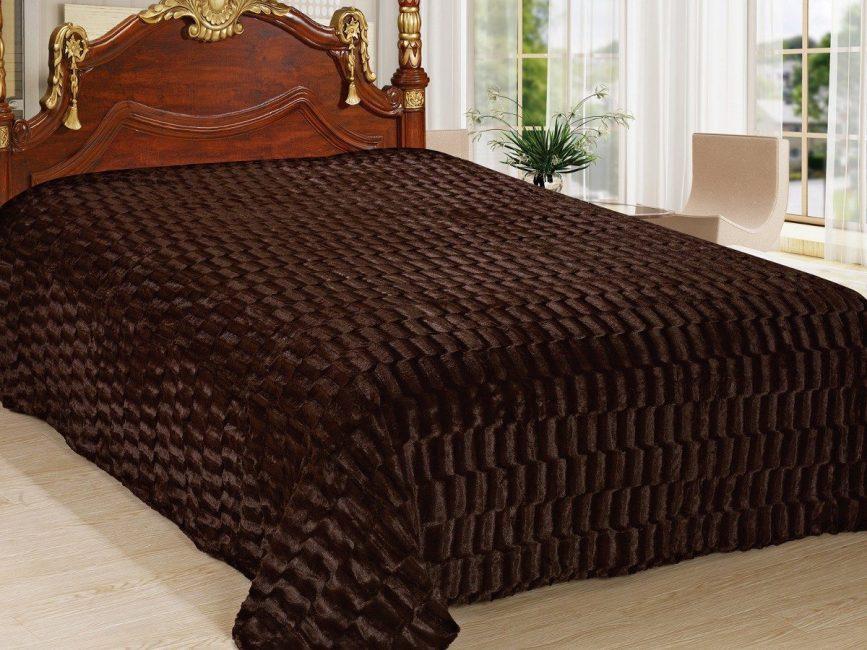 Yatak odası tarzı için ayrı battaniye
