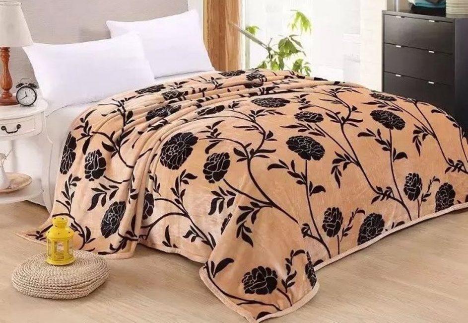 Yatağınız için seçilmiş battaniye
