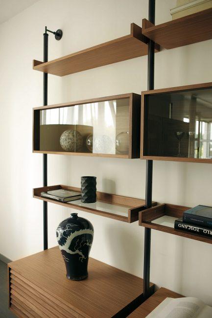 Sistem rak dinding minimalis