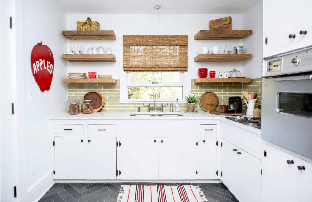 Mutfakta açık raflar