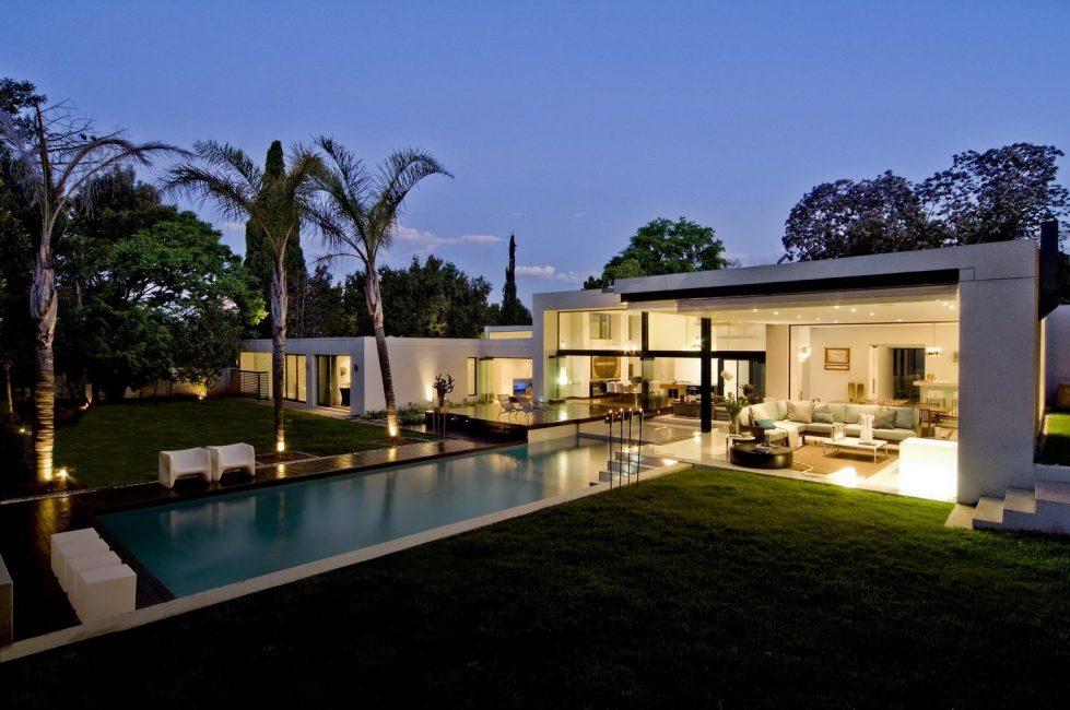 L'endroit idéal est un patio qui protège du vent.
