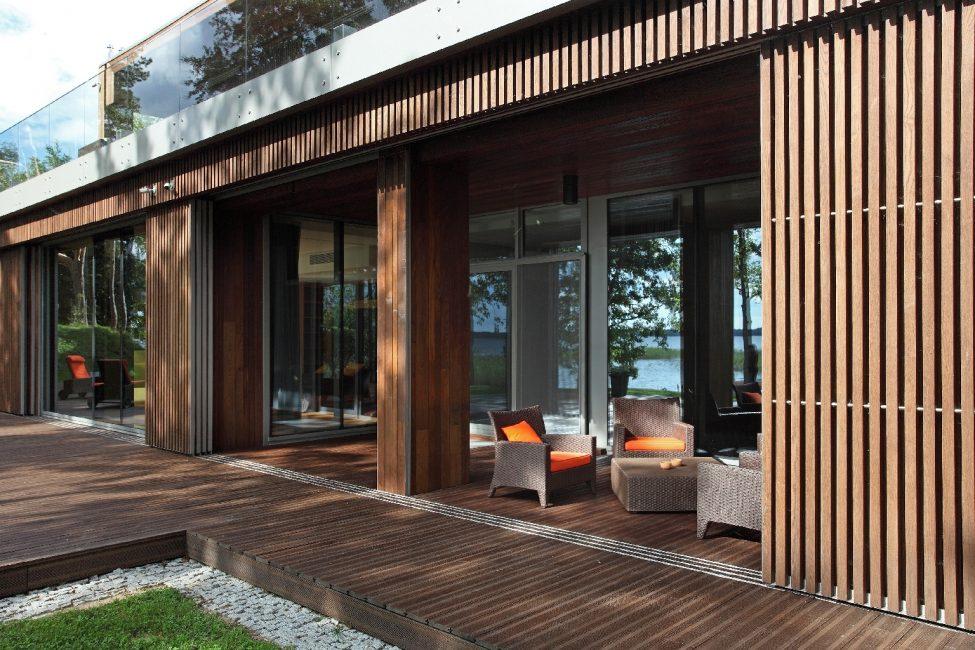 Veillez à protéger votre terrasse des expositions naturelles.