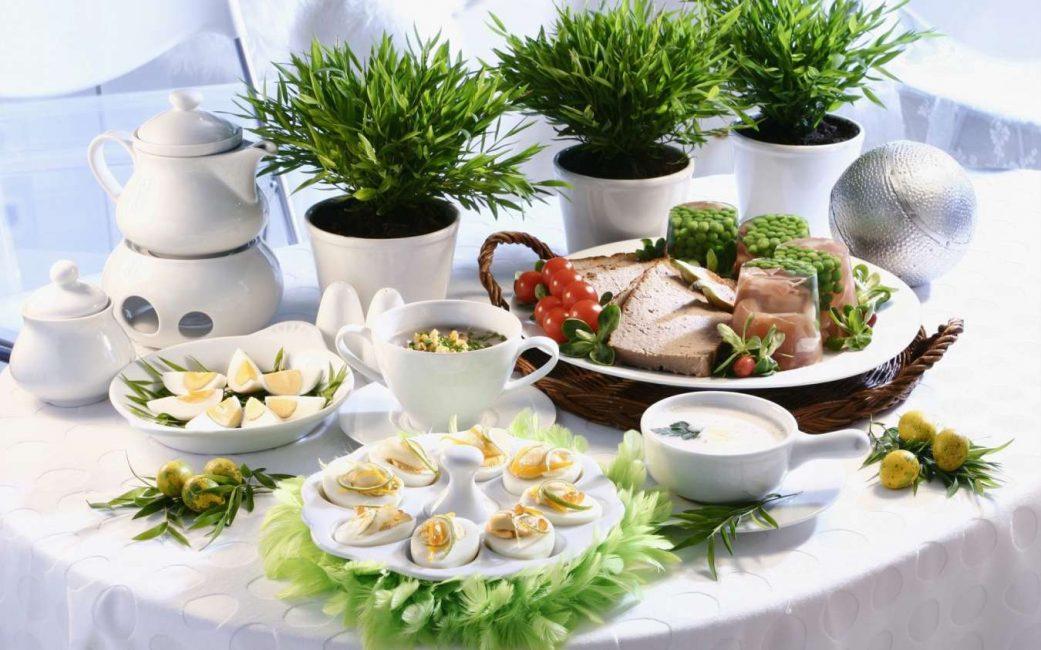 Sosun masaya servis edilmesi