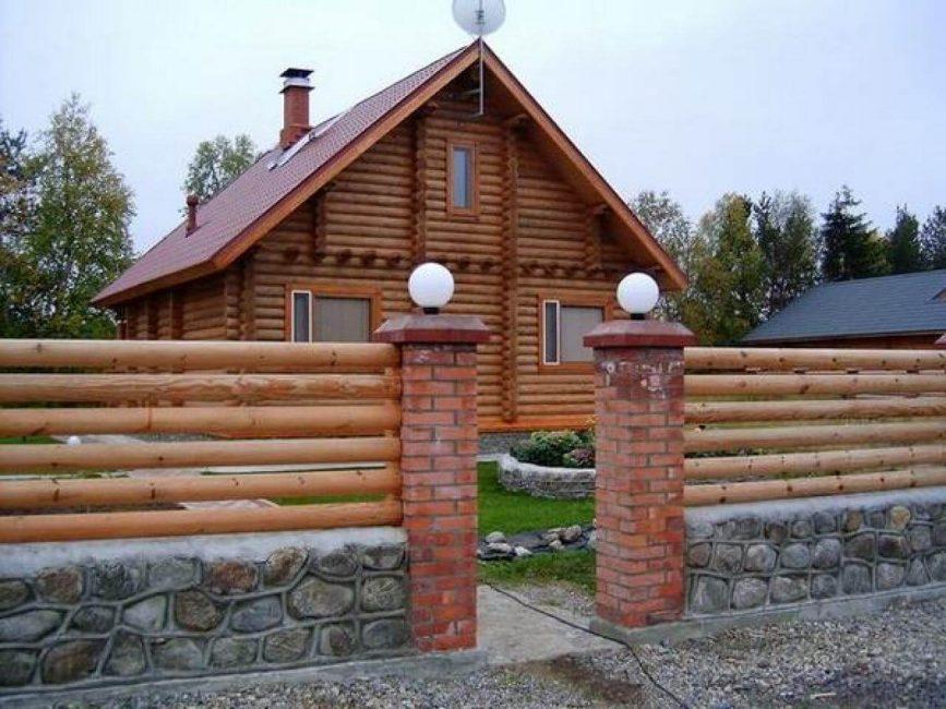 Gabungan kayu dengan batu