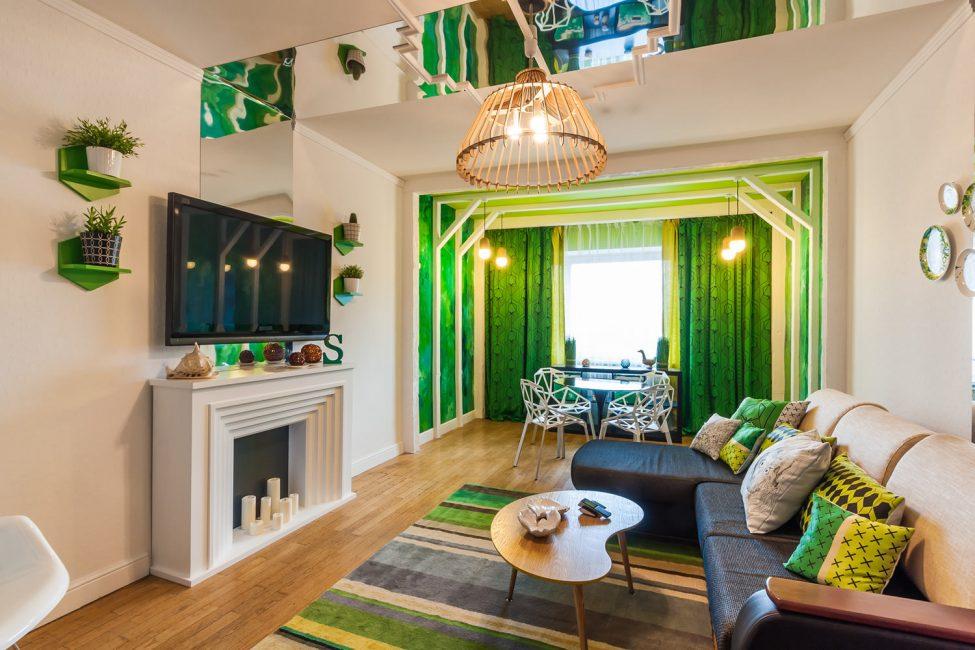 Yeşil ve altın motifler bej renkli duvarlar için eşlik eder.