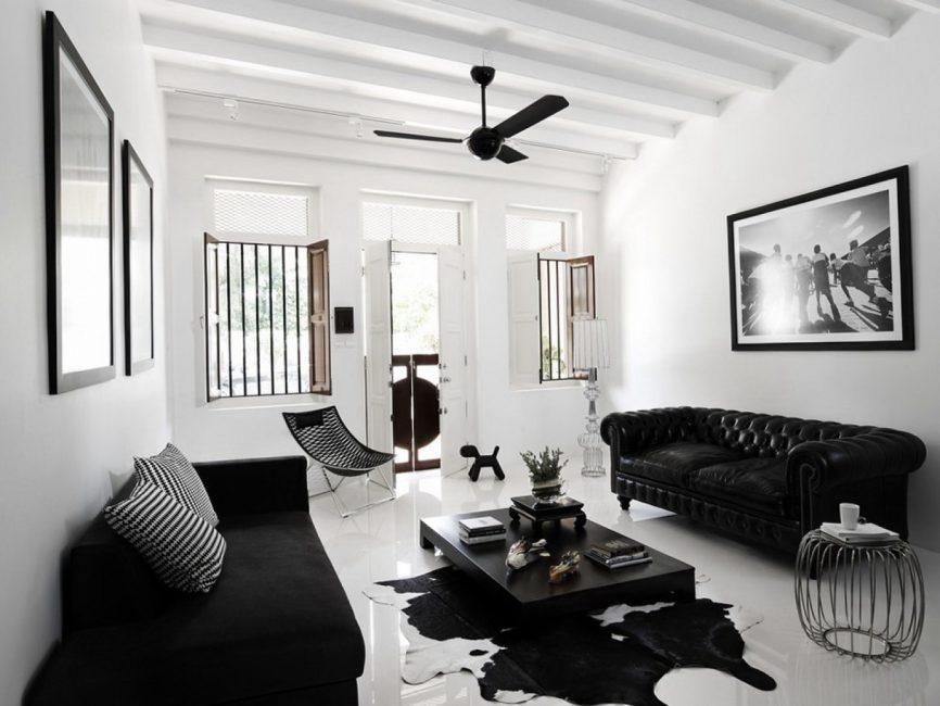 Tavan için hafif nötr bir renk kullanın.
