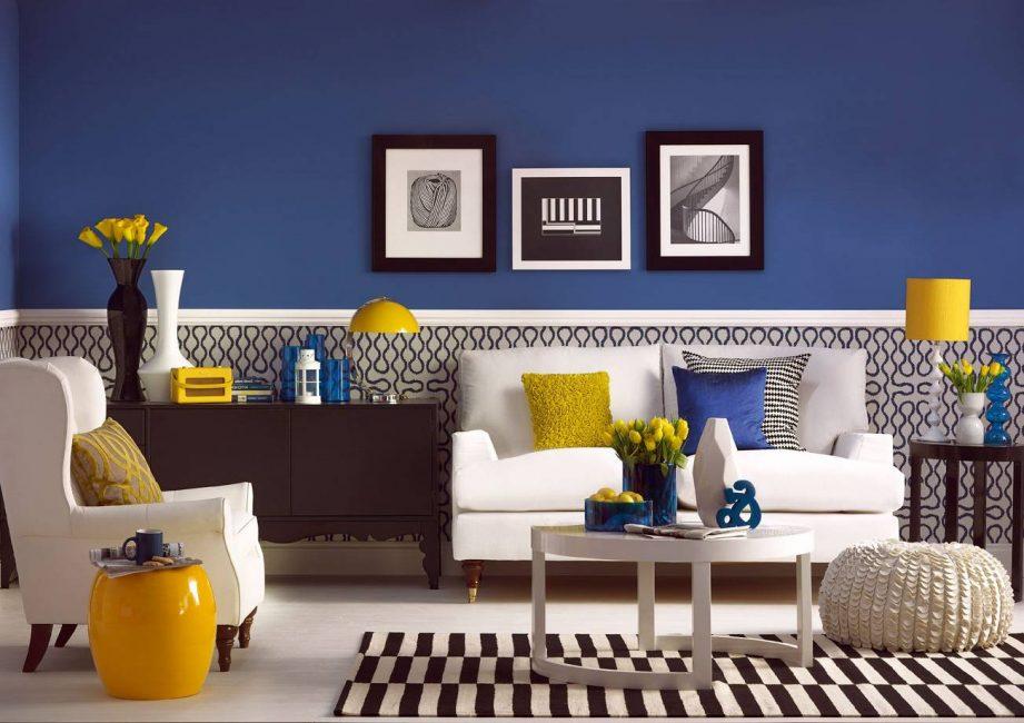 Mavi en iyi sarı veya turuncu sıcak tonlarıyla birleştirilir