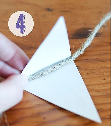 Pukulan tali lenturan di atas berlian