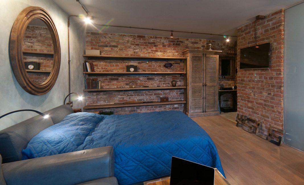 Bahagian dalaman bilik tidur dengan warna-warna sejuk