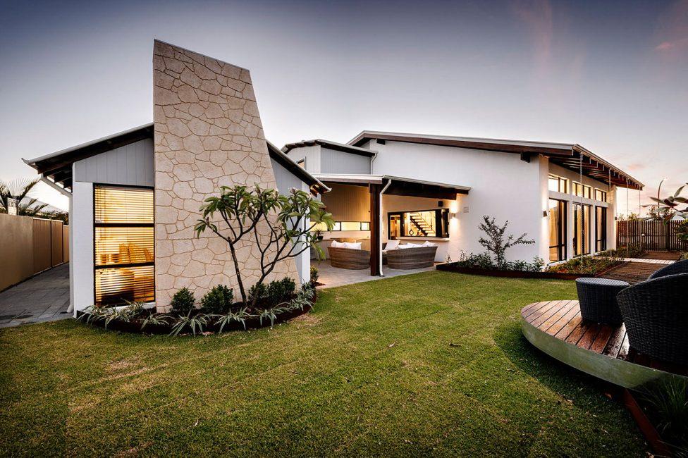 Bangunan bangunan gaya loteng