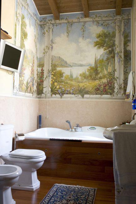 Malah bilik tandas boleh dihiasi dengan lukisan dinding pada tandu