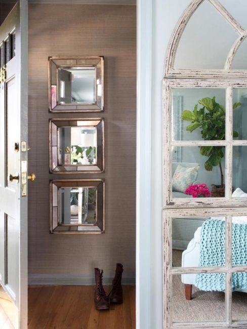 Cermin - aksesori sejagat di dalam bilik kecil