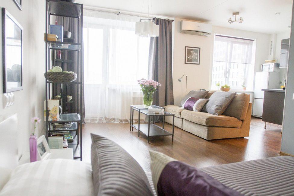 Apartmen satu bilik yang bergaya dan ringan