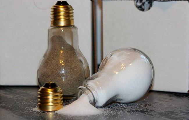 Mentol lampu lama untuk hiasan hiasan