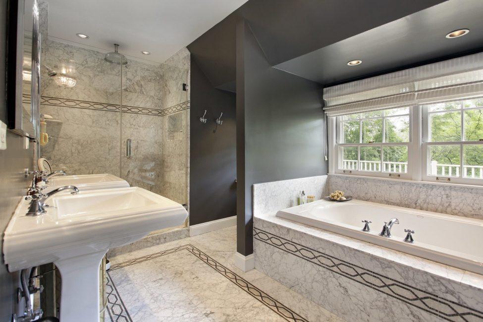 Panjur banyo için bile iyidir.