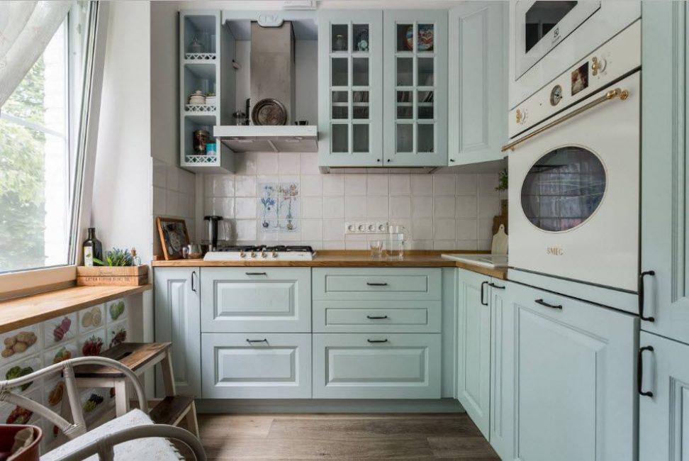 Untuk sudut dapur projek individu wajib dari pereka yang berwibawa