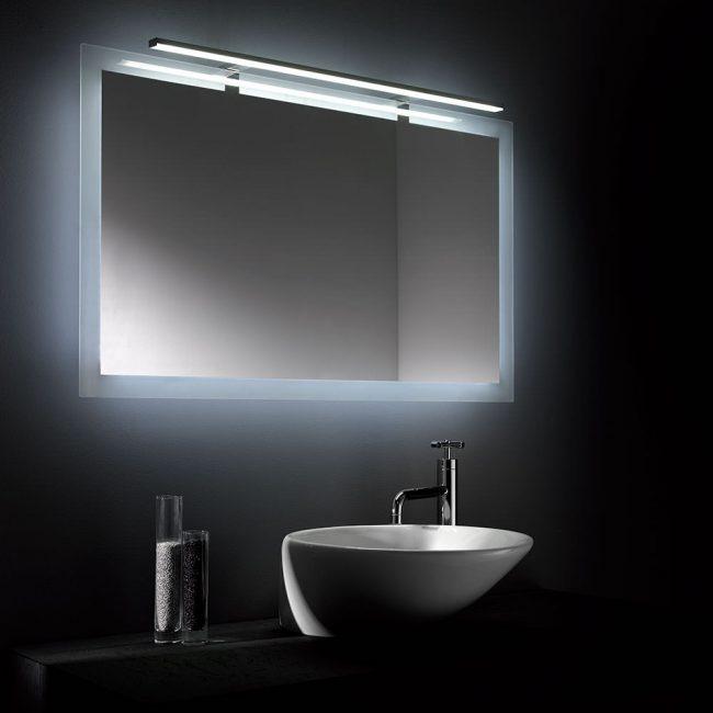 Lampu pendarfluor dan neon menggunakan sejumlah besar tenaga