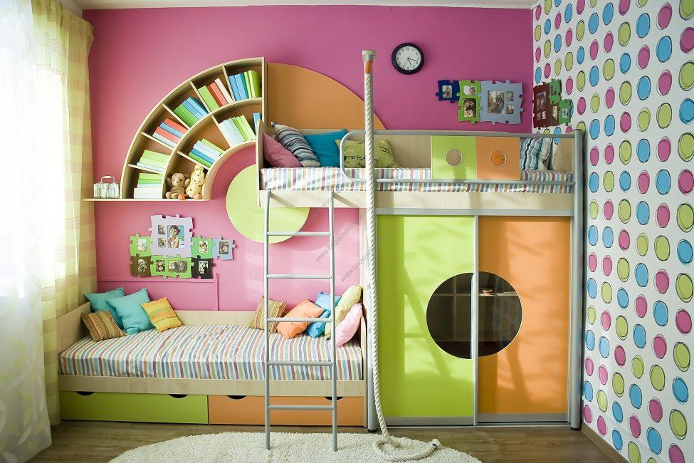 Sediakan setiap kanak-kanak dengan ruang individu.